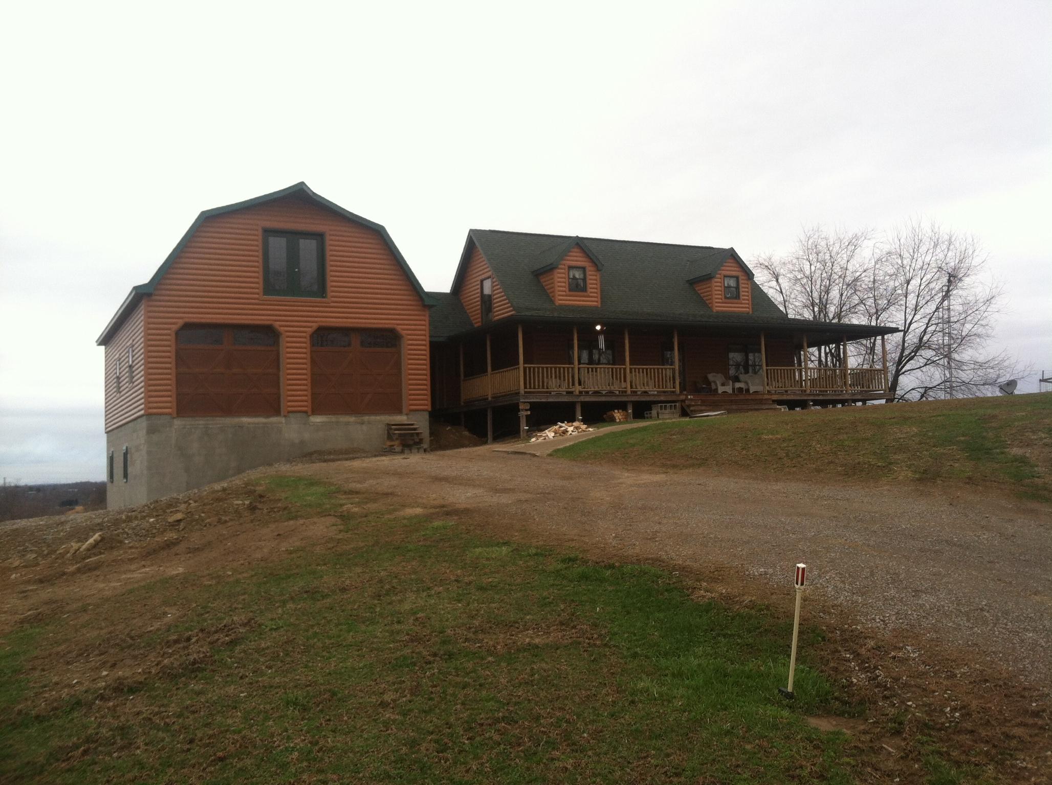 Amish mini barns horse barns amish built modular horse for Amish barn construction